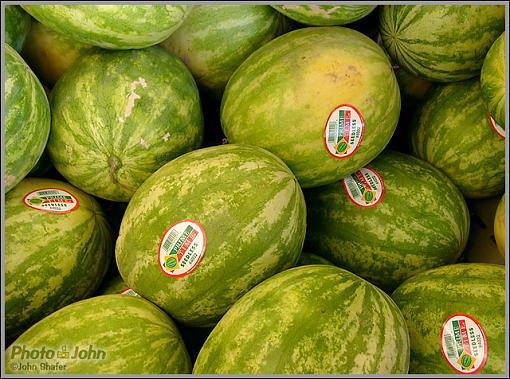 Leica Digilux 2 Digital Camera Test-melons.jpg