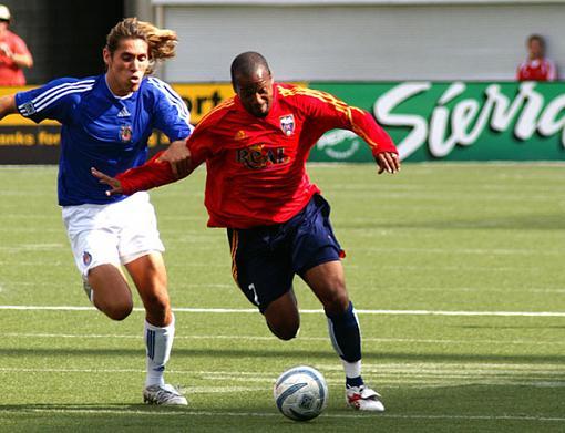 Sharpness of Digital Photos-soccer-post-2.jpg