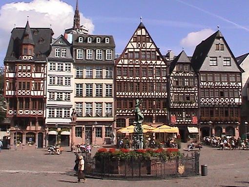 Tour Germany On Line (Video + Stills)-romerbergfrankfurt.jpg