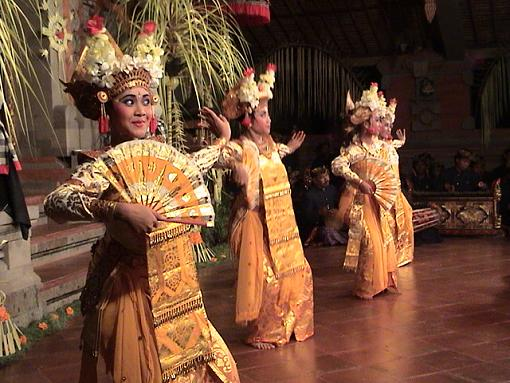 Travel to Bali and Java (Indonesia) On Line (Video + Stills)-dance-group.jpg