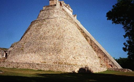 Explore Mayan Pyramids On Line (Video + Stills)-pyramidmagic.jpg