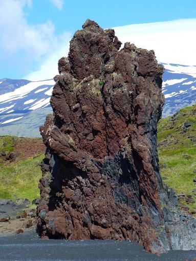 Tour Iceland On Line (Video + Stills)-beach_lava_verticalp10005892.jpg