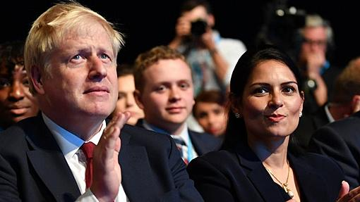 Boris Johnson and Priti Patel 'should apologise for lawyer attacks'-_115069078_gettyimages-1172521323.jpg