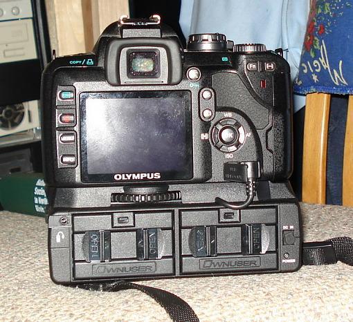 Battery/L-Grip for E510 by OwnUser-dsc01167retouch.jpg