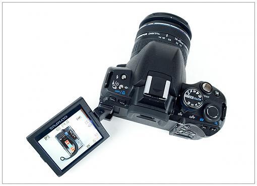 Olympus E-620 Announced!-olympus_e-620_swivellcd.jpg