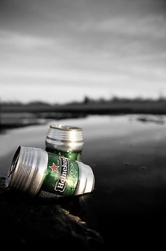 A Couple O Heinekens-38190035canweb.jpg