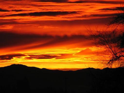 Oregon Sunrise in January-sunset.jpg