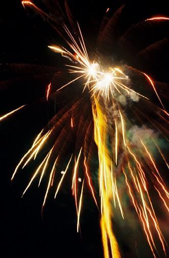 Lamoka Lake 4th of July-2005-07-fireworks-double-burst-upload-.jpg