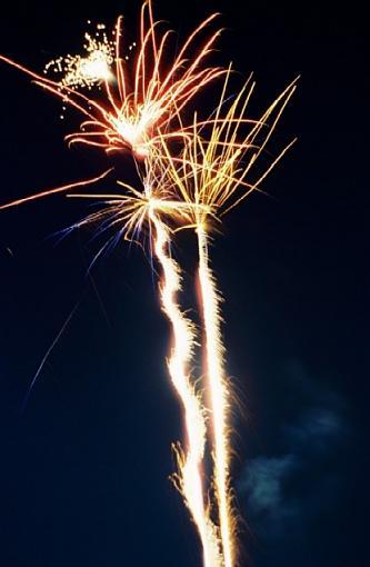 Lamoka Lake 4th of July-2005-07-fireworks-tail-burst-upload-.jpg