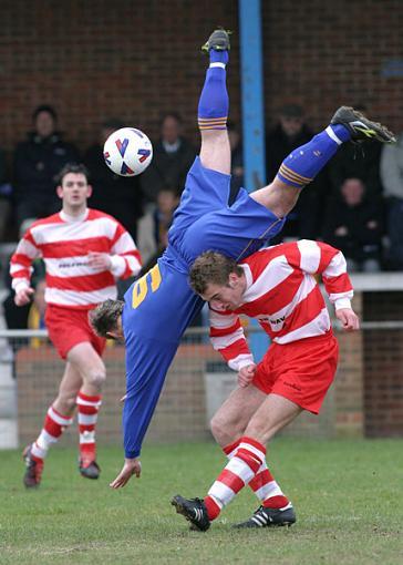 Recent Sports Photos - feedback appreciated-ilford_romford_1.jpg
