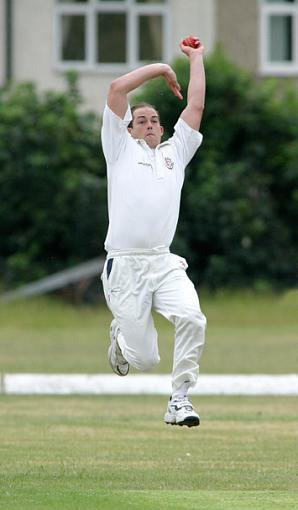 Recent Sports Photos - feedback appreciated-old_parks_vs_billericay_2.jpg