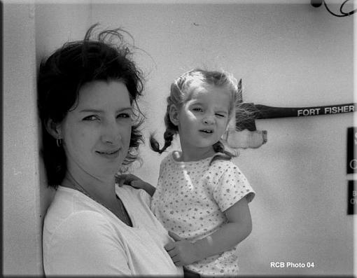 My two girls-leah-04small.jpg