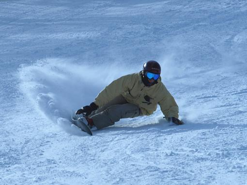 Some snowboard carving photo-gg2.jpg