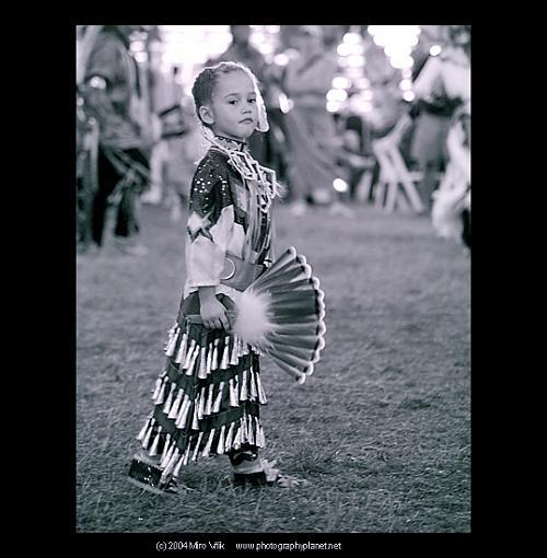 Native american girl-copy-8-kb-w-copy.jpg