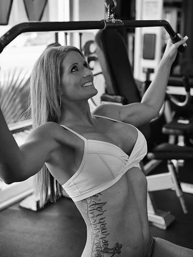 At the Gym-dsc_0986_edit1_post_crop1_bw_800.jpg