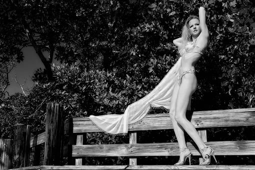 Lingerie shoot (maybe NSFW)-bw_jje6371.jpg