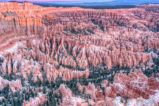 Bryce Canyon Sunrise-264v6386-141-hdr.jpg