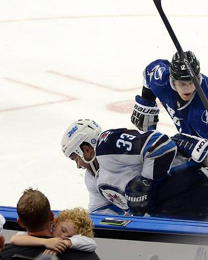 Hockey-hockey.jpg
