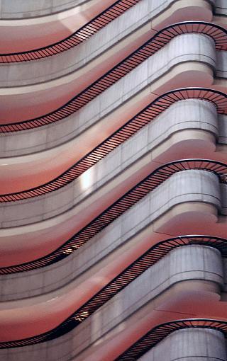 Curves-hotel.jpg