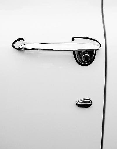 Handle and Curve-car-door.jpg