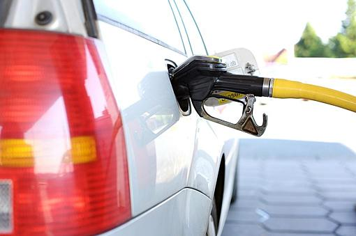 """Repeatedly renamed B10 as """"conventional high speed diesel"""" 1 Oct.-20200316_pixabay_oil_refuel-2157211_1920-1024x680.jpg"""