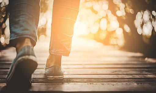 "Walk 25 minutes a day, reduce the risk of ""cancer""-ahr0chm6ly9zlmlzyw5vb2suy29tl2hllzavdwqvns8ynja0os93ywxrlmpwzw%3D%3D.jpg"