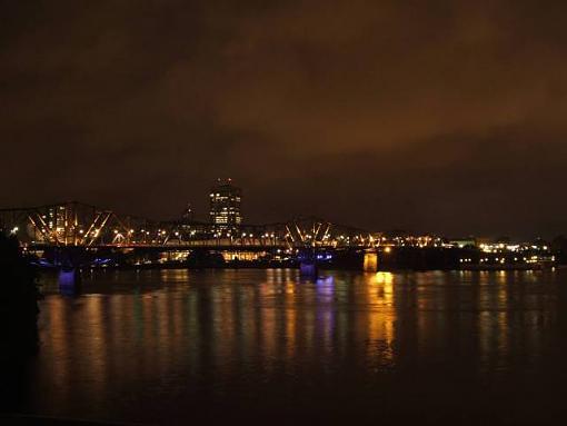 July Photo Project: Night Shots-pont_int.jpg