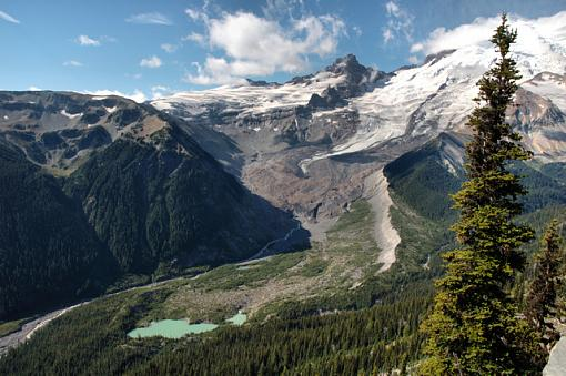 February Photo Project: Lanscapes-dsc_5335_mtrainier07_smll.jpg