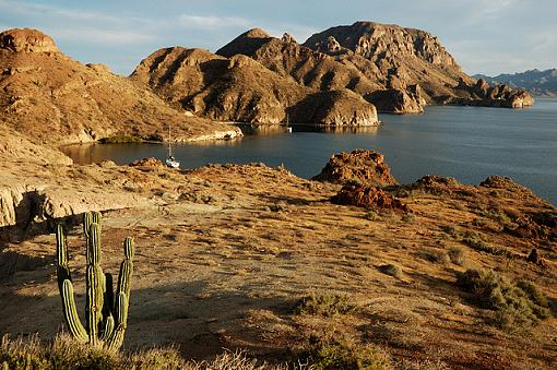 February Photo Project: Lanscapes-dsc_3841seaofcortez_smll.jpg