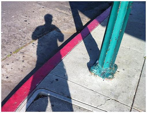 "December Project ""Playing with Shadows""-srr-selfer-shadow.jpg"