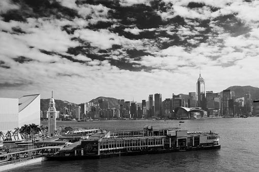 January 2012 Project - B&W Photography-habour.jpg