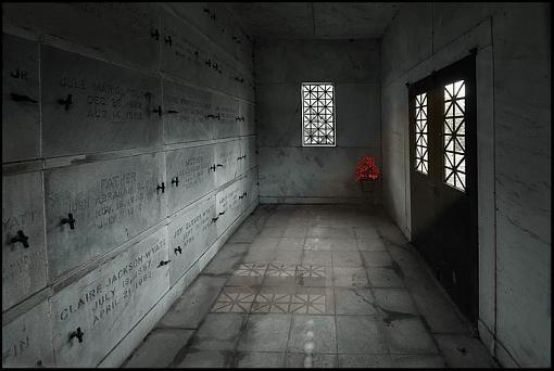 October project  Graves, etc.-mausoleum-flowers.jpg