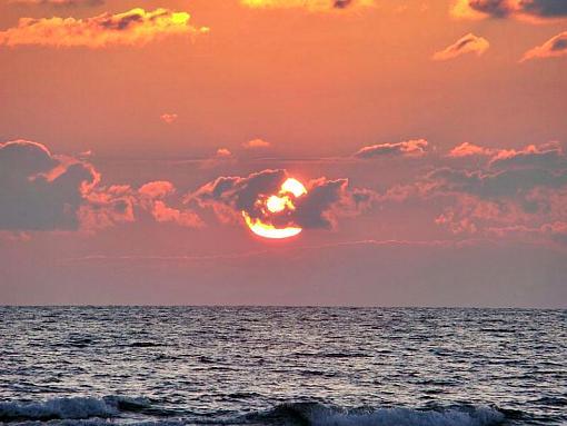 November project:  Light or fLights-sunset01-zoom.jpg