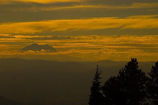 May Project(s)-rainier_sunset-ridge-above-liberty-wa.jpg