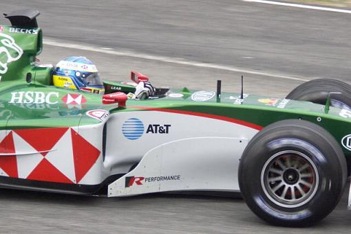Konica Minolta A2  vs F1 cars-sized1231.jpg
