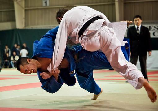 A couple of Judo shots-judo-1-osotogari.jpg