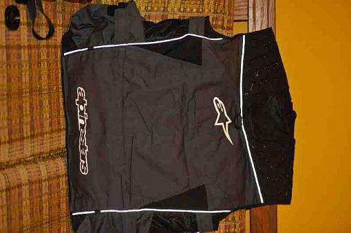 I got a Alpinestars Media vest today-2.jpg