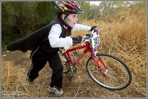 Halloween Cyclocross Race - Costumes!-_mg_4423.jpg