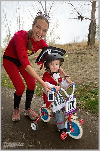 Halloween Cyclocross Race - Costumes!-_mg_4406.jpg