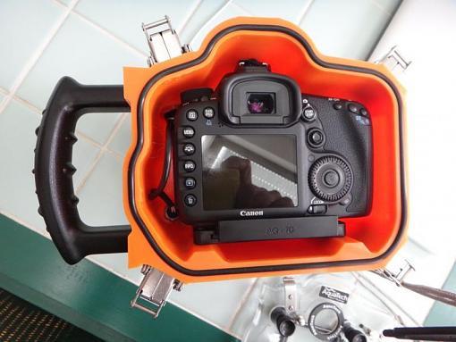 AquaTech Sport Housing for Canon 7D-Review-05.jpg