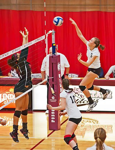 Women's volleyball: Chico State avenges earlier season sweep-7rb_9410_2.jpg