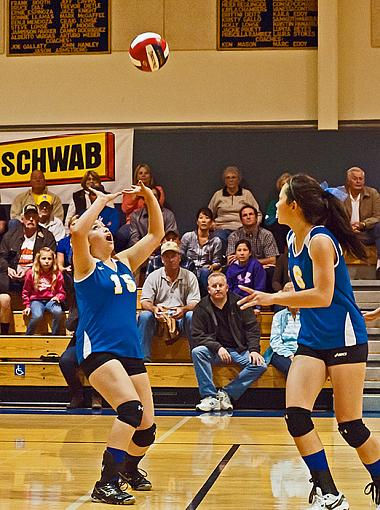 Volleyball: Hamilton wins, advances to finals-7rb_0373_2.jpg