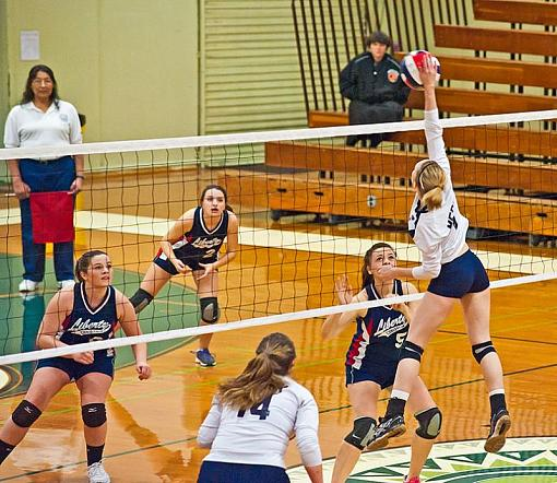 Volleyball: Final fling of 2012-7rb_0429_2.jpg