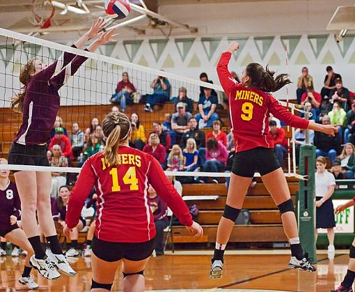 Volleyball: Final fling of 2012-7rb_0837_2.jpg