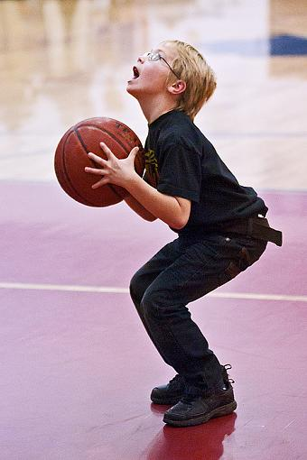 More high school B-ball tournament action-7rb_4242_2.jpg