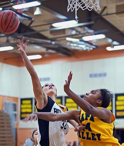 Womens College basketball: Home team romp-7rb_4787_2.jpg