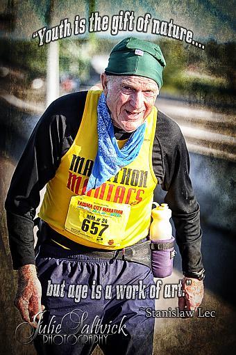 Inspiring marathon runner-1378-tcm2013wm.jpg