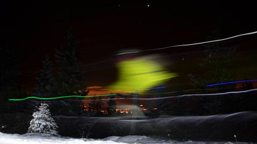 Painting with light and other winter friendly photo tips...-886158_10151753114762111_1152107323_o.jpg