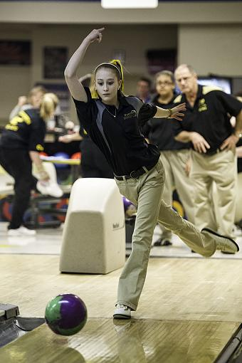High School Bowling-d3s_5046-2-1.jpg