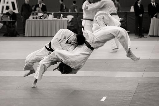 From a local Judo tournament-82921d1297232483-local-judo-tournament-shoulder-throw-3-judo_4163.jpg